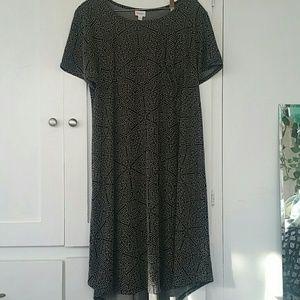 Black and white pattern dress with pocket lularoe